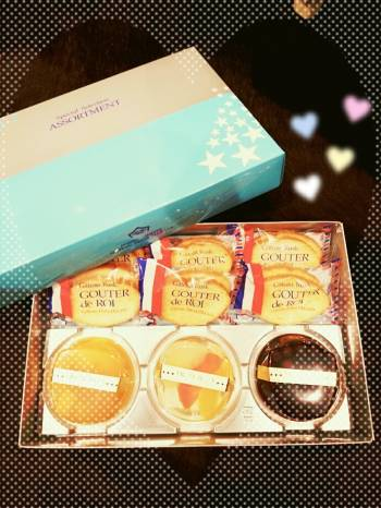 お菓子が美味しい~~!!(笑)(2017/07/22 23:18)広瀬 真央のブログ画像