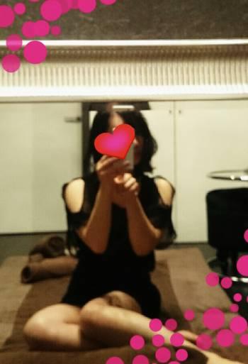 急遽出勤中です(^3^)/(2017/10/30 20:59)相田 未来のブログ画像
