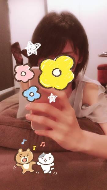 本日もお待ちしてます🌸(2018/04/26 13:27)芹沢 里穂のブログ画像