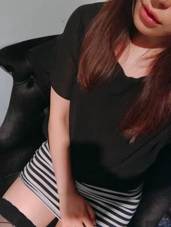 初出勤☆(2019/08/23 16:00)白木 莉緒のブログ画像