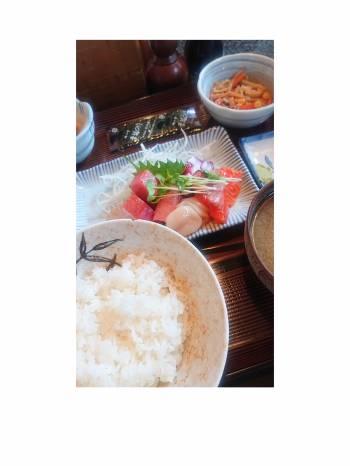 お刺身定食❣️❣️(2020/10/26 18:57)佐々木 まりあのブログ画像